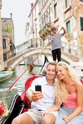 Take the perfect photo on your next vacation by following these tips. From selfies to tripods - Auto Europe has you covered with this comprehensive guide. the perfect selfie, venice, gondola ride