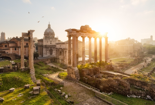 Best Time to Go to Rome - Ruins