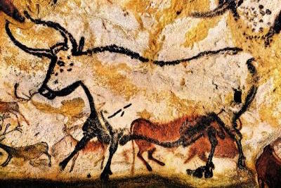 Bordeaux, France Attractions: Prehistoric Caves of Lascaux