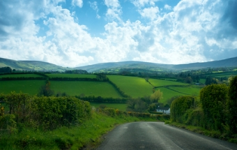 Driving in Northern Ireland Travel Guide