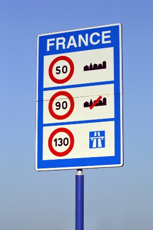 Driving in Paris France: Speed Limits