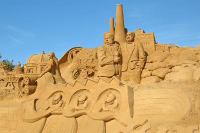 Attractions in Faro: International Sand Sculpture Festival