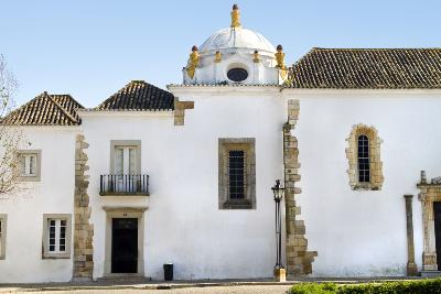 Attractions in Faro: Faro Archaeological Museum