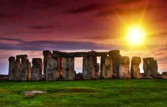 How to Get to Stonehenge from London by Car