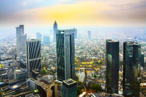 Things To Do in Frankfurt Germany Main Tower