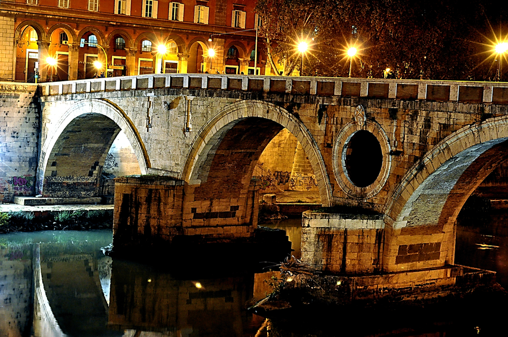 Things to Do in Rome: Walk Along the Ponte Sisto