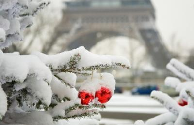 Winter Weather in Paris France