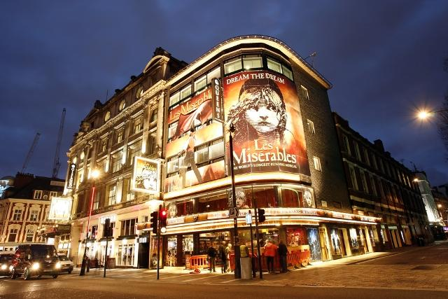West End theatre in London is world-renowned and with over 40 world-class venues, this exciting district is the ideal place to kick-off your London vacation.