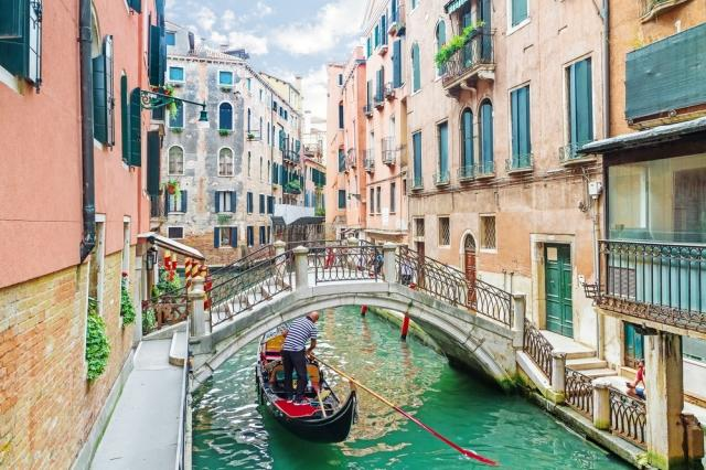 Milan to Venice Road Trip Guide