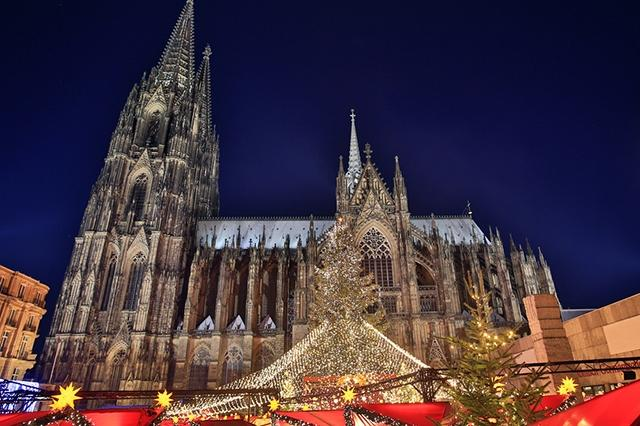 Am Dom Christmas Market, Cologne, Germany
