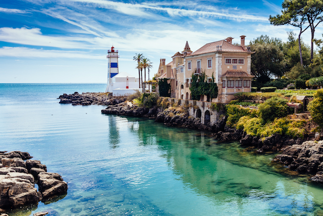 best beaches in portugal lisbon to cascais road trip. Black Bedroom Furniture Sets. Home Design Ideas