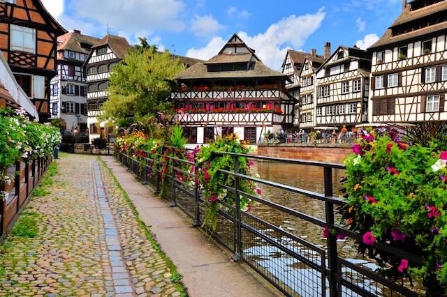 Kaisergarten Deidesheim german wine road tours of germany wine route itinerary